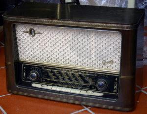 Radio Graetz Musica 4R/217