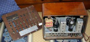 Radio Marelli Alauda - pannello posteriore e vista interno