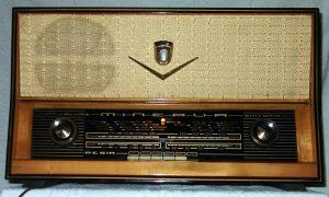 Radio Minerva Resia 586/9