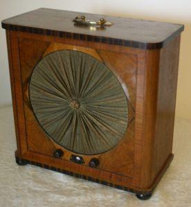 Radio Loewe EB100