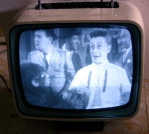 Televisore d'epoca CGE TP240