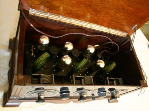 Radio Apex SuperFive - chassis